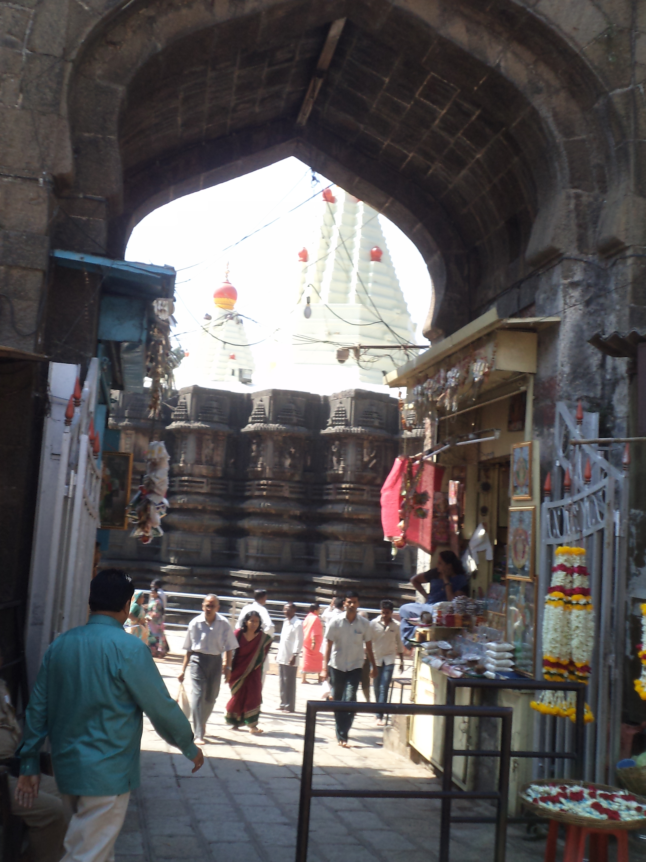 what to do in kolhapur Get to know the places to see near kolhapur city of maharashtra.